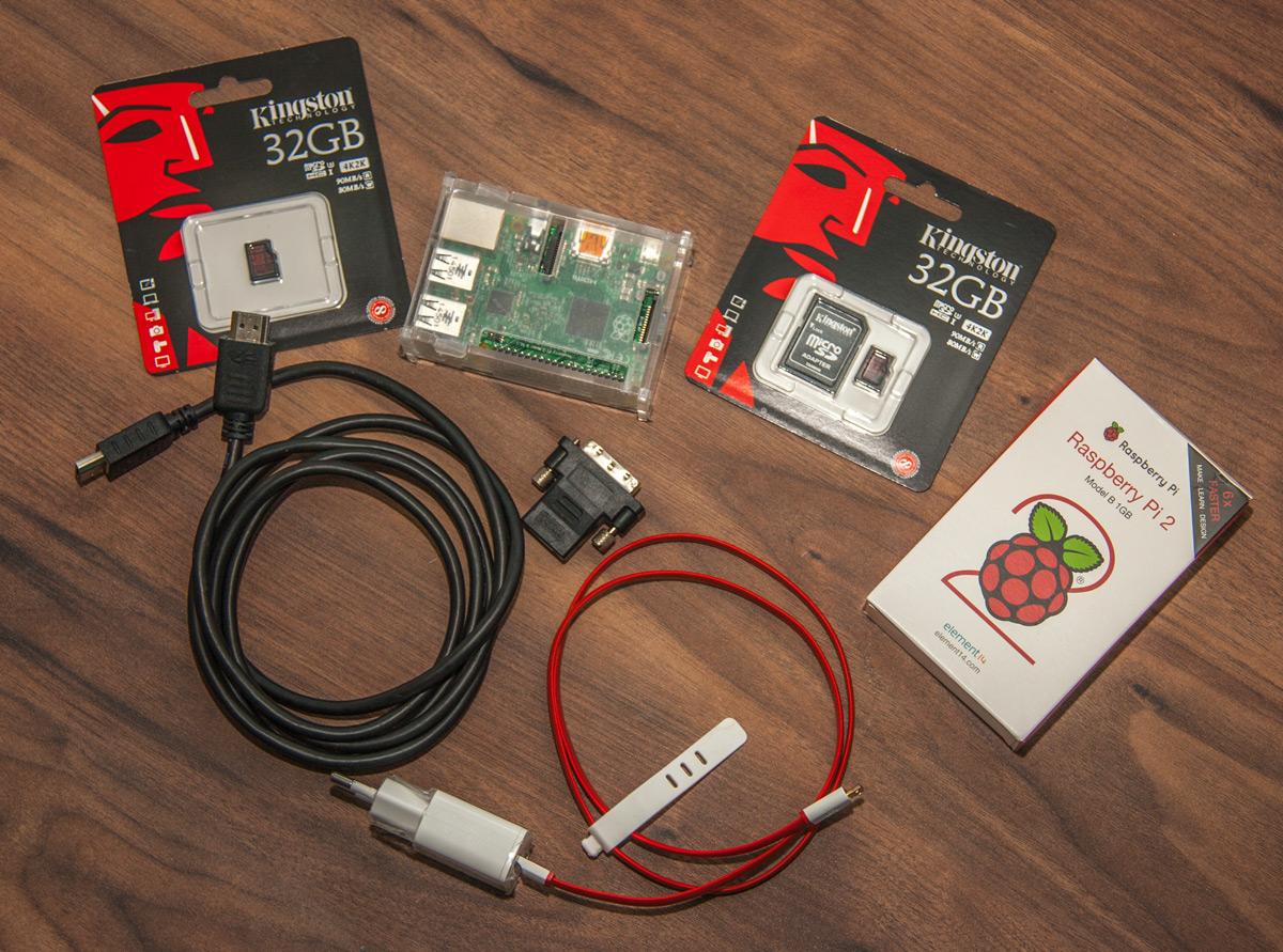 Raspberry Pi 2 s příslušenstvím